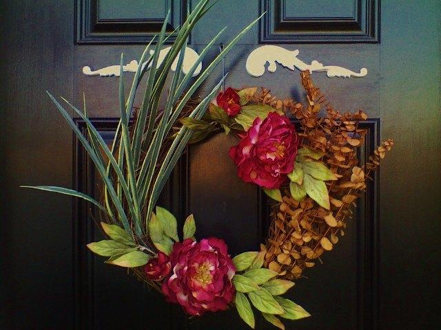 door wreath, crafts, seasonal holiday decor, wreaths