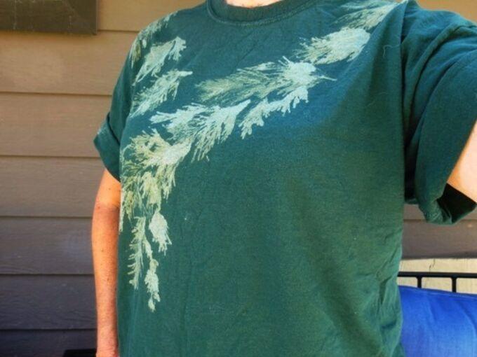 make a bleachy garden t shirt, crafts, Make a design on a basic t shirt using a surprising tool liquid bleach gel