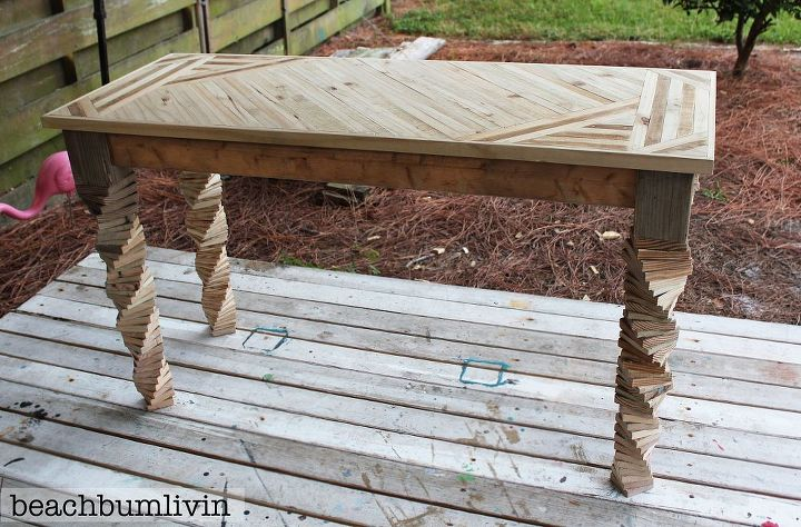 Entryway table made from pallets and fence panels hometalk for What can you make with recycled pallets