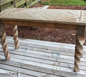 Delightful Entryway Table Made From Recycled Pallets And Fence Panels By BeachBumLivin