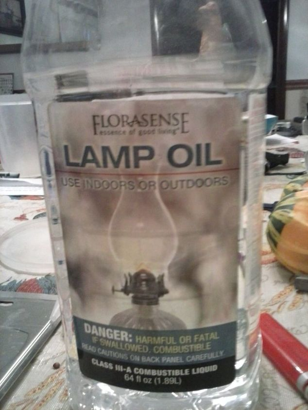 1/4 cup of lamp oil you can use any fragrance you want or not