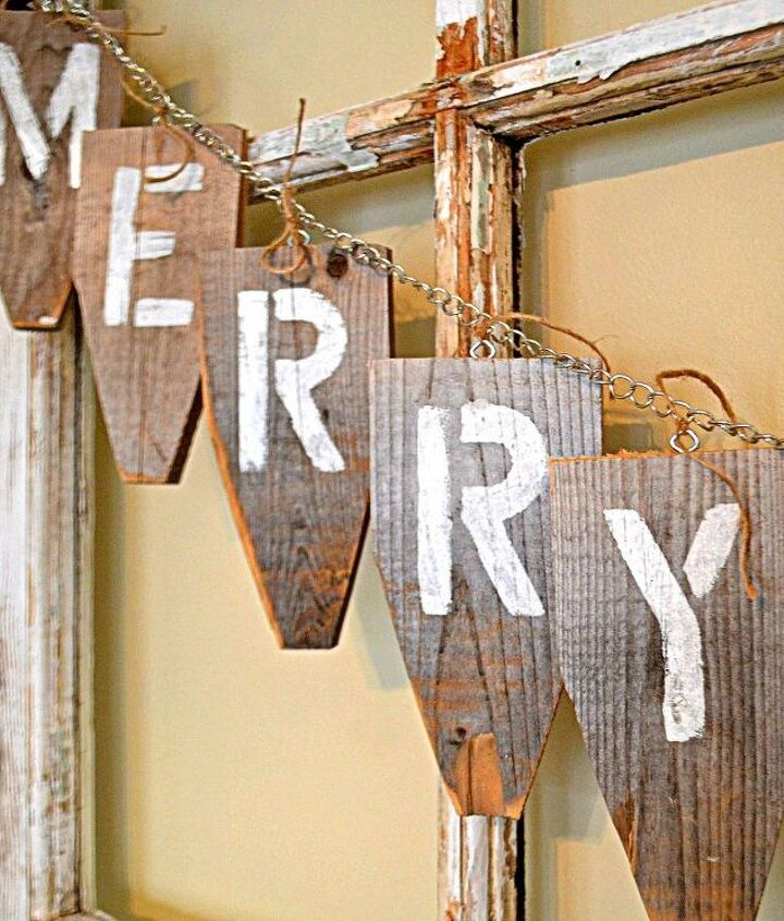 using old fence tops for a banner, crafts, repurposing upcycling, seasonal holiday decor