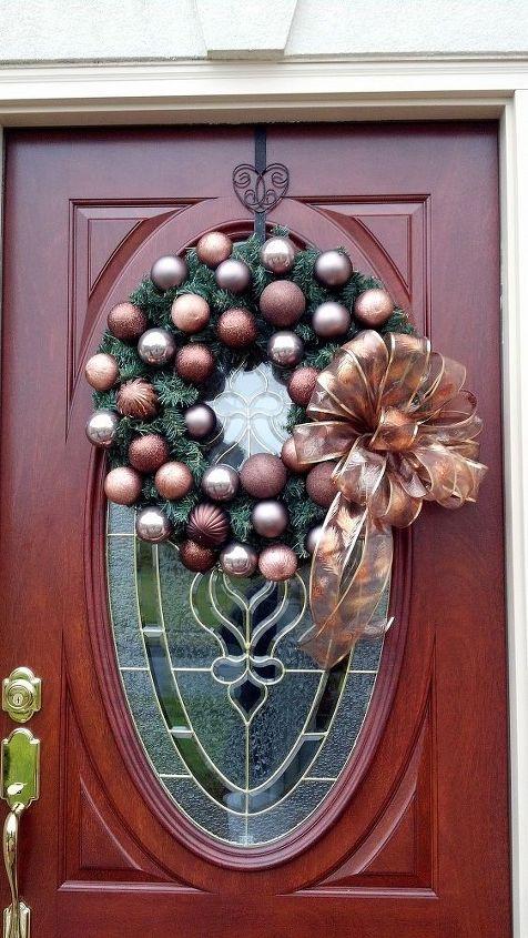 chocolate christmas wreath, christmas decorations, seasonal holiday decor, wreaths