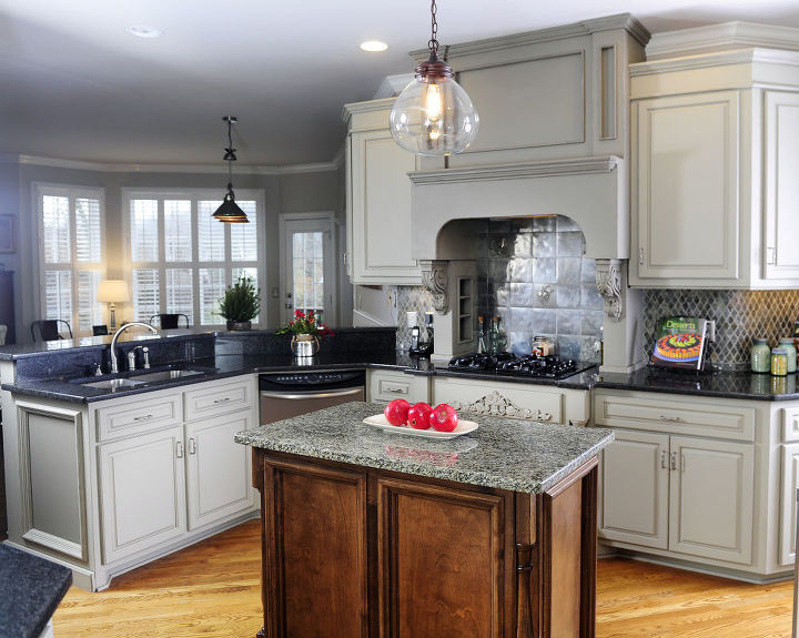 After photo of the updated kitchen with grey kitchen cabinets