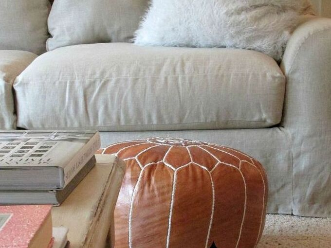 tutorial for a linen slipcovered couch, crafts, painted furniture, reupholster, Completed linen slipcovers for a tired and worn couch