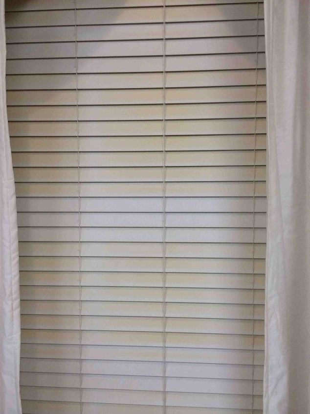 q how do you get rid of the yellowing on blinds from sun exposure i ha, cleaning tips, home maintenance repairs, how to, window treatments, windows, Grrrr Blinds are yellowing from sun exposure