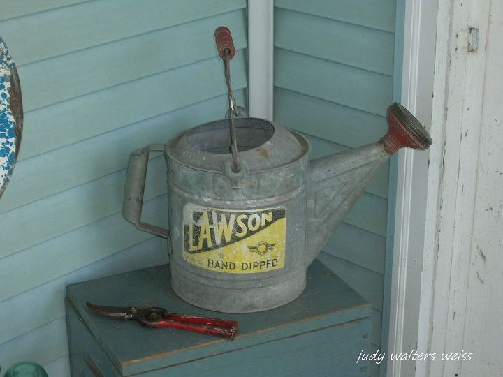 Lawson watering can