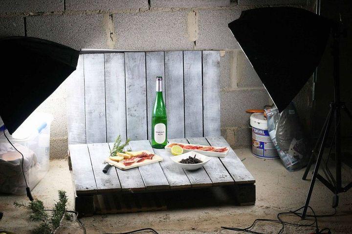 diy mini home photo studio made from pallets hometalk. Black Bedroom Furniture Sets. Home Design Ideas
