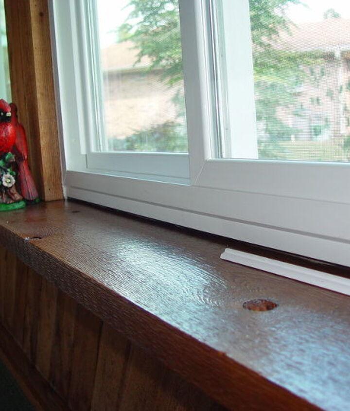 gap below window, windows