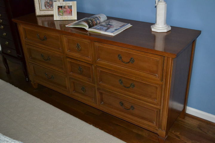 q does anyone know how much i should ask for a triple dresser 45 years old it is in, painted furniture