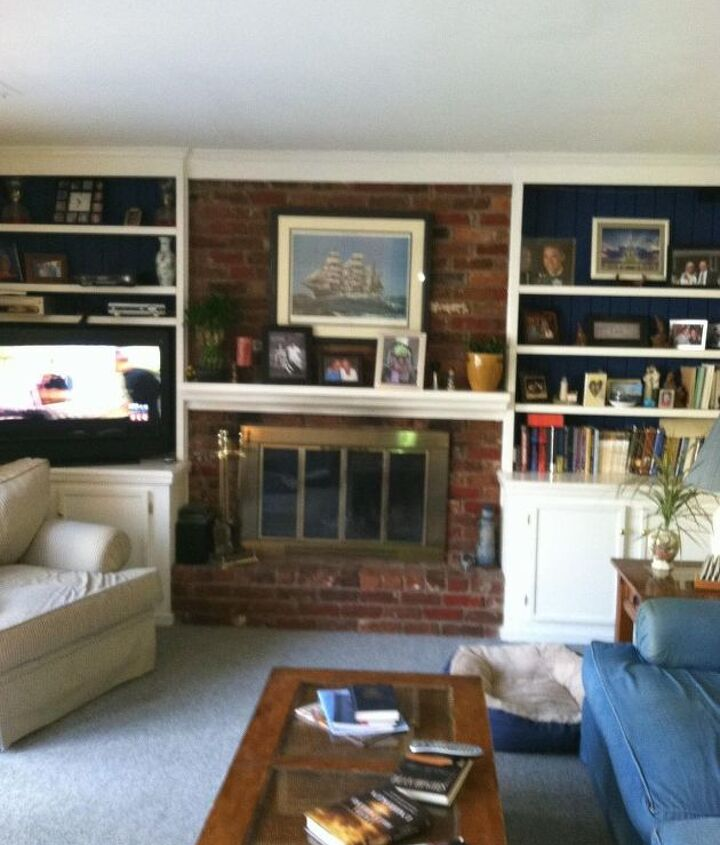 Family Room w/ Fireplace and Book Shelves
