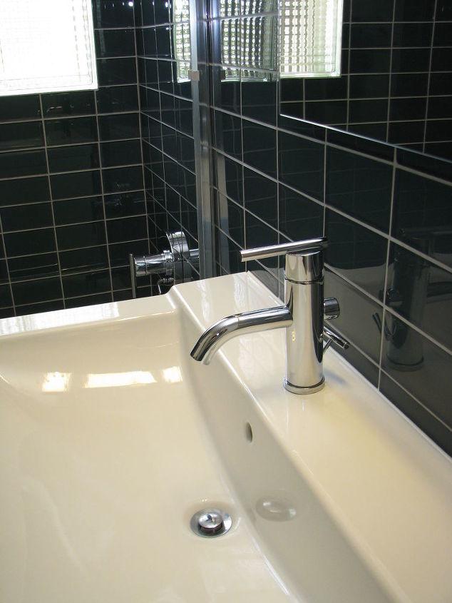 Do you mind if I share a few photos of a mid century modern bathroom Modern Bathrooms Subway Tile Designs Html on modern home bathroom designs, modern office bathroom designs, modern blue bathroom designs, modern stone bathroom designs, modern vintage bathroom designs, modern furniture bathroom designs, modern white bathroom designs,