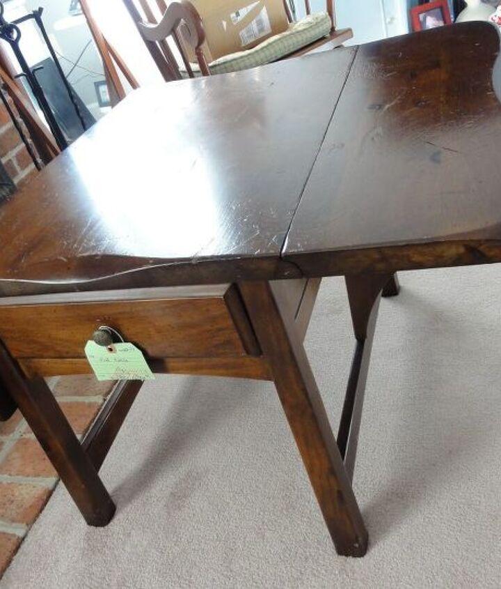 B4..1970's chunky dark end table