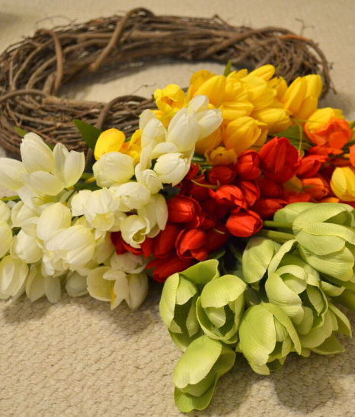 spring tulip wreath, crafts, easter decorations, seasonal holiday decor, wreaths