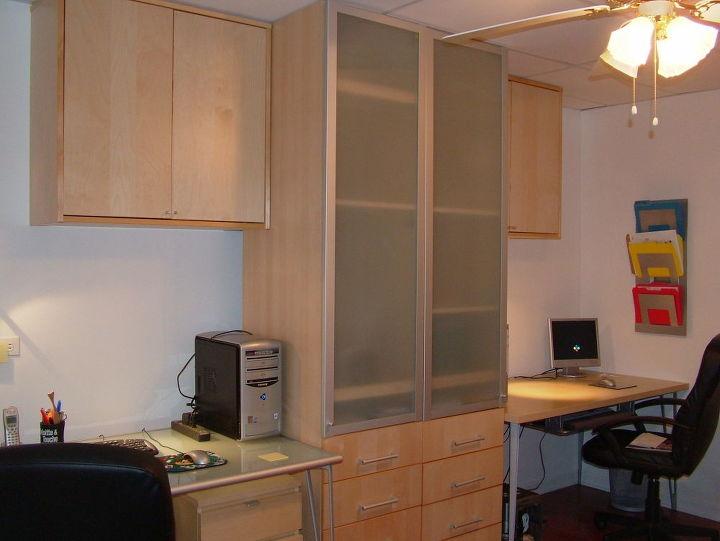 Desk 1 (left) and desk 2(right)