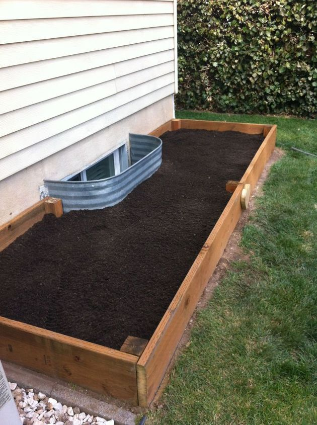 Diy Garden Box For A Small Yard Tutorial Hometalk