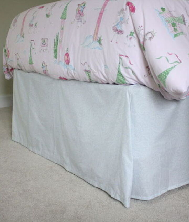 diy bed skirt no sewing or cutting required, bedroom ideas, crafts, home decor, painted furniture
