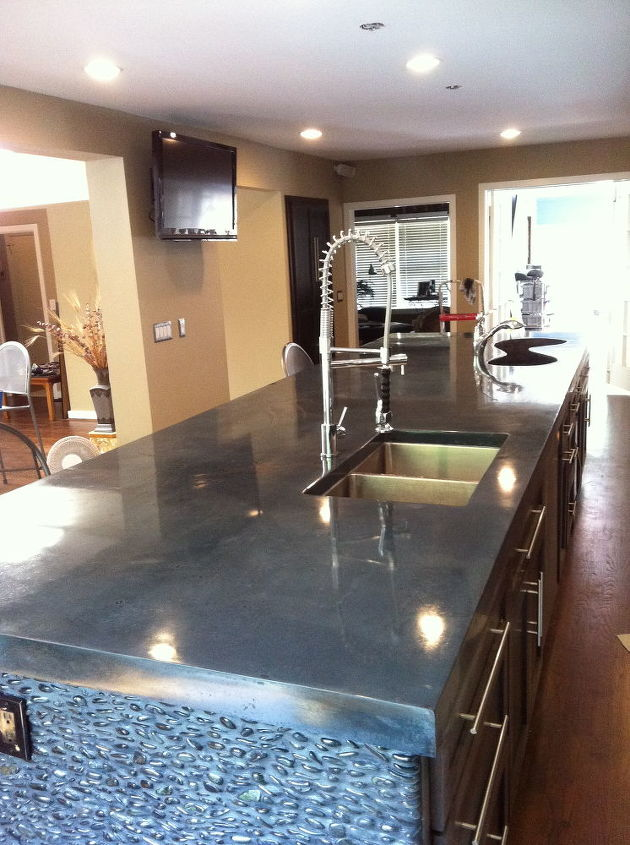 very large island, countertops, home decor, kitchen design, kitchen island