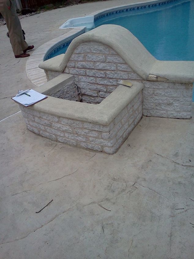what is this, outdoor living, pool designs, view from back side