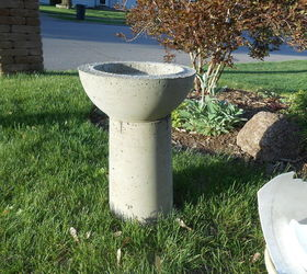 Diy Concrete Birdbath For Less Than Six Dollars, Concrete Masonry, Crafts,  Gardening,