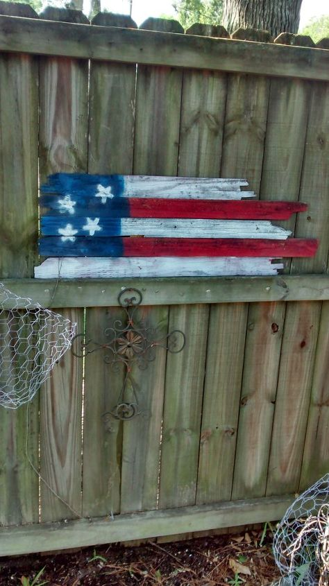 garden fence decorations diy, fences, gardening, outdoor living, patriotic decor ideas