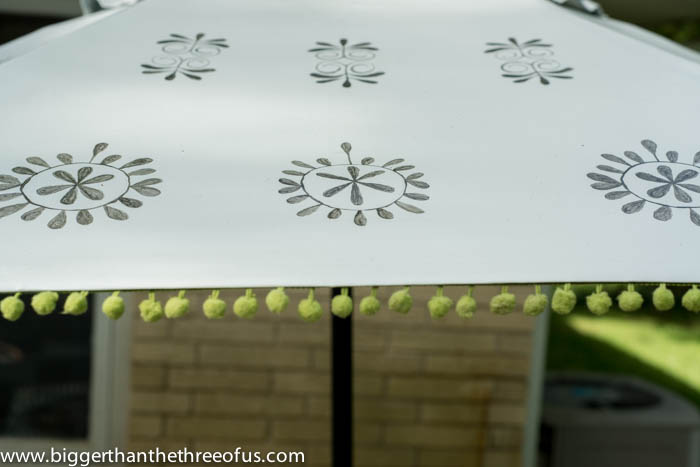 Upcycle An Old Patio Umbrella To A Beautiful Painted One Hometalk