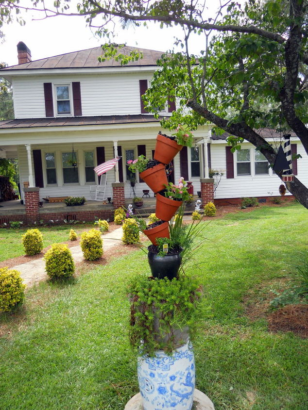 change, flowers, gardening, outdoor living, Flower Totem this is the updated new look