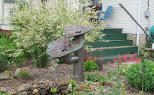 just wanted to share a photo of the fountain i made using rhurbarb leaves, gardening, Photo of my water fountain made using Rhubarb Leaves