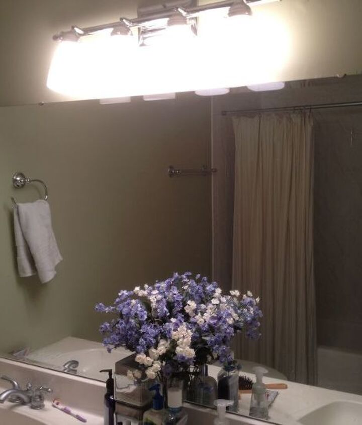 Big mirror-Can it be cut into two separate smaller sections?