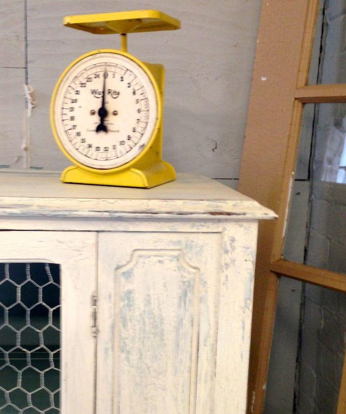 Crackle Kitchen Cabinets: Create A Farmhouse Look Chalk Paint