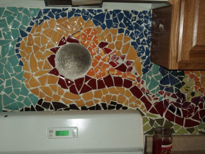 broken pottery backsplash, kitchen backsplash, kitchen design, tiling