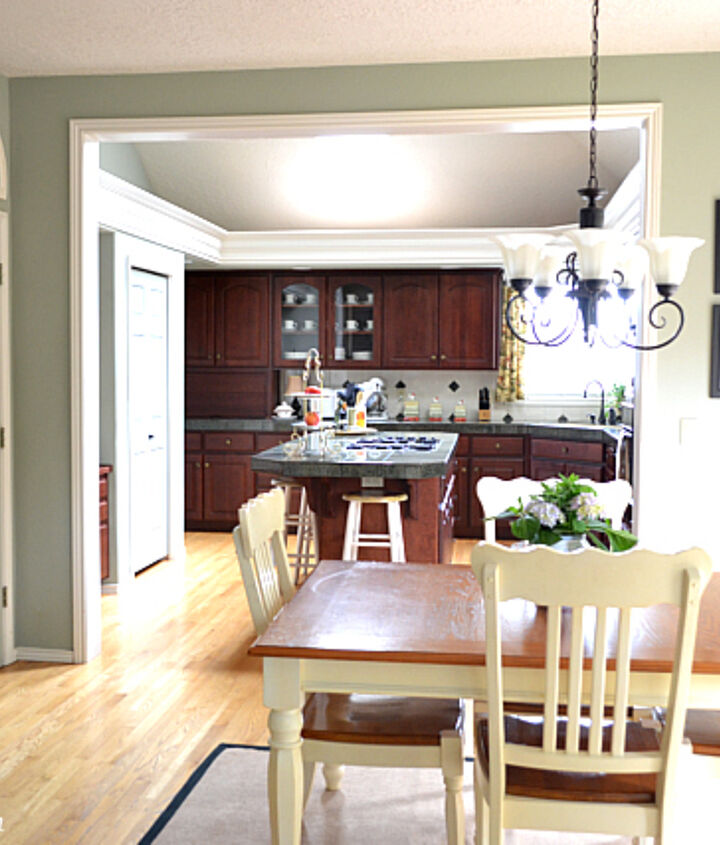 It is possible to have a non-white kitchen feel fresh and light!