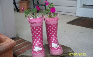 repurposing little girl s boots and rubber kitchen gloves, flowers, gardening, repurposing upcycling, HELLOOO KITTY