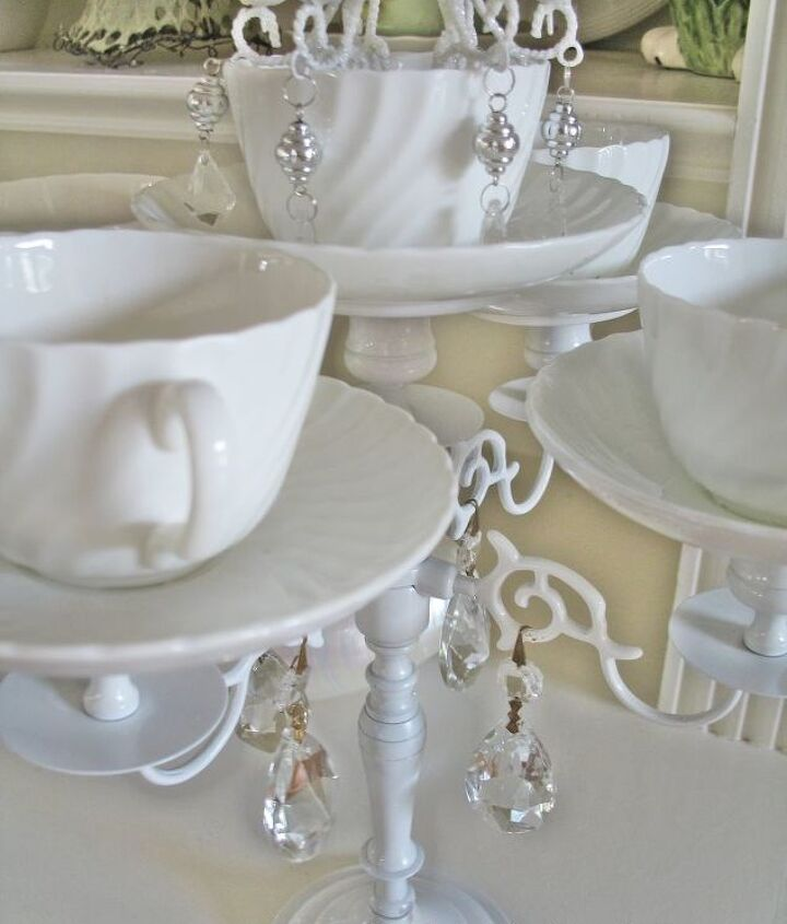 Use can use any tea cups you have on hand