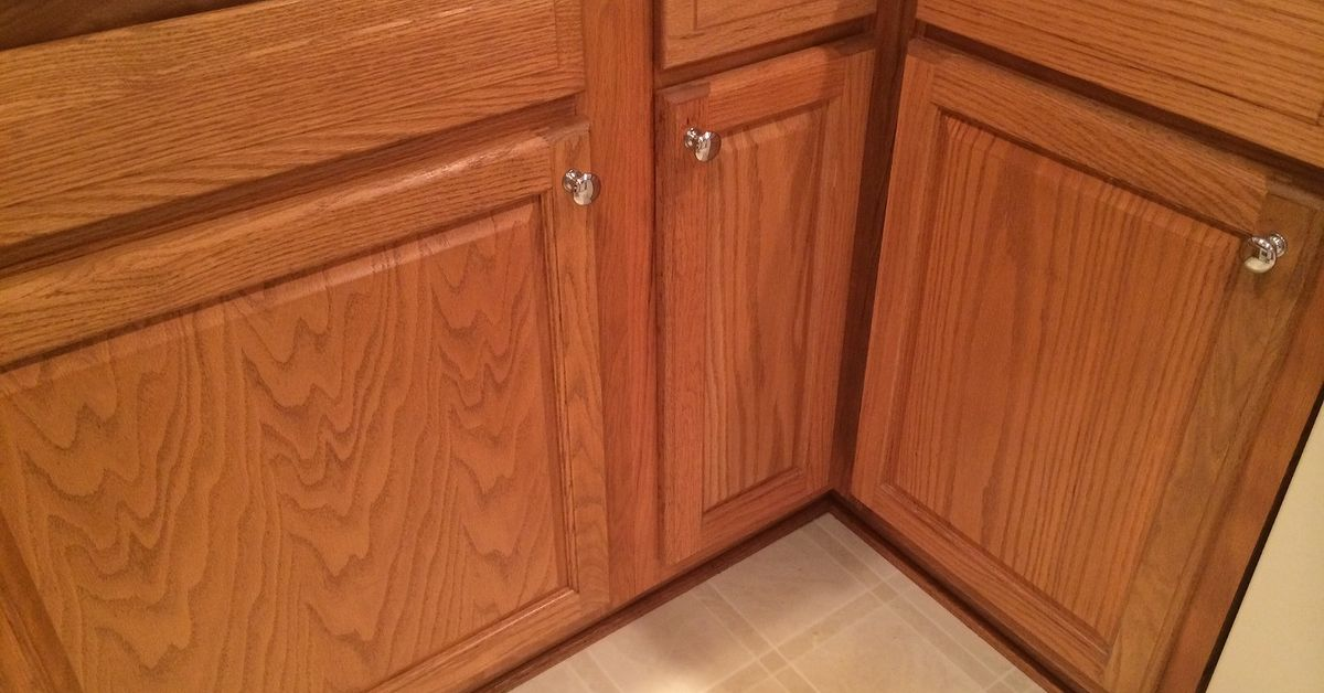 Which hardwood with honey oak kitchen cabinets? | Hometalk