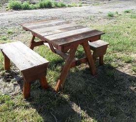 Delightful Child S Pallet And Recycled Cedar Fencing Picnic Table, Diy, Outdoor  Furniture, Outdoor