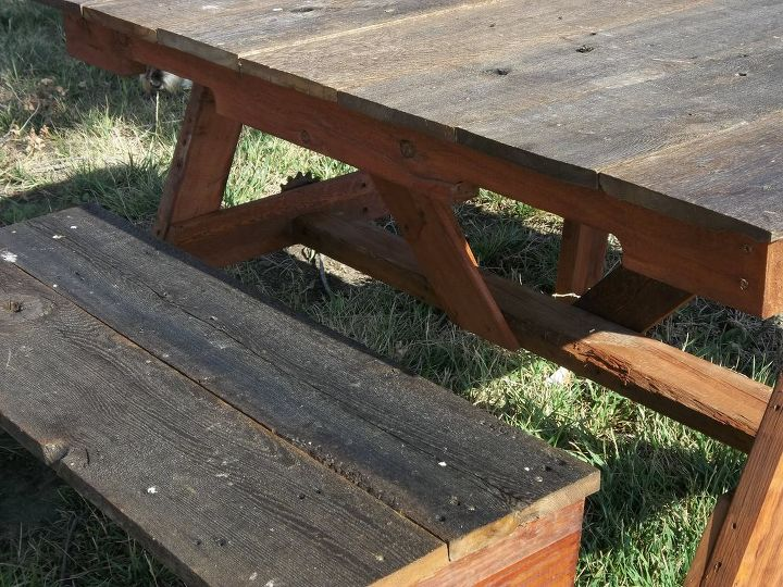 child s pallet and recycled cedar fencing picnic table, diy, outdoor furniture, outdoor living, painted furniture, pallet, woodworking projects