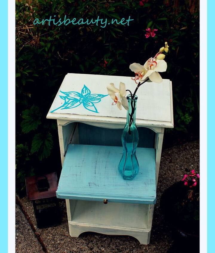 http://arttisbeauty.blogspot.com/2012/07/hand-painted-orchid-side-table-makeover.html