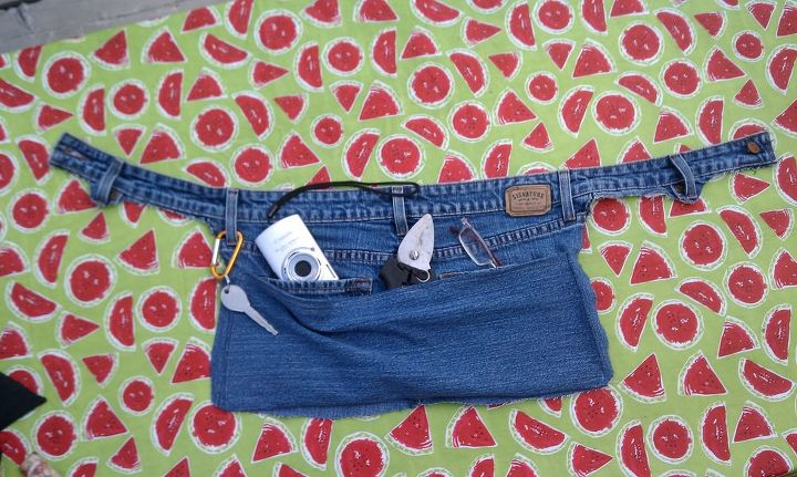 denim gardeninig pouch made from old jeans, gardening, repurposing upcycling