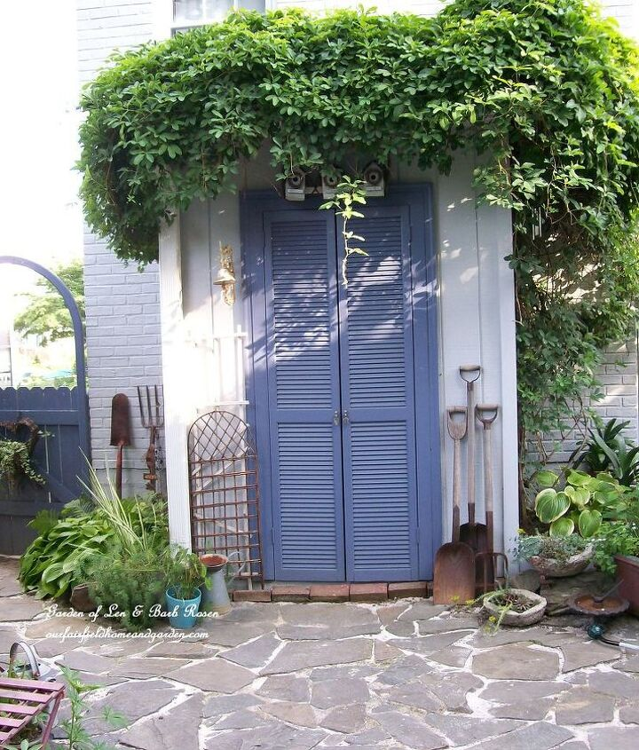 Lean-to tool shed turned into a potting shed ~ http://ourfairfieldhomeandgarden.com and http://pinterest.com/barbrosen/my-former-garden/