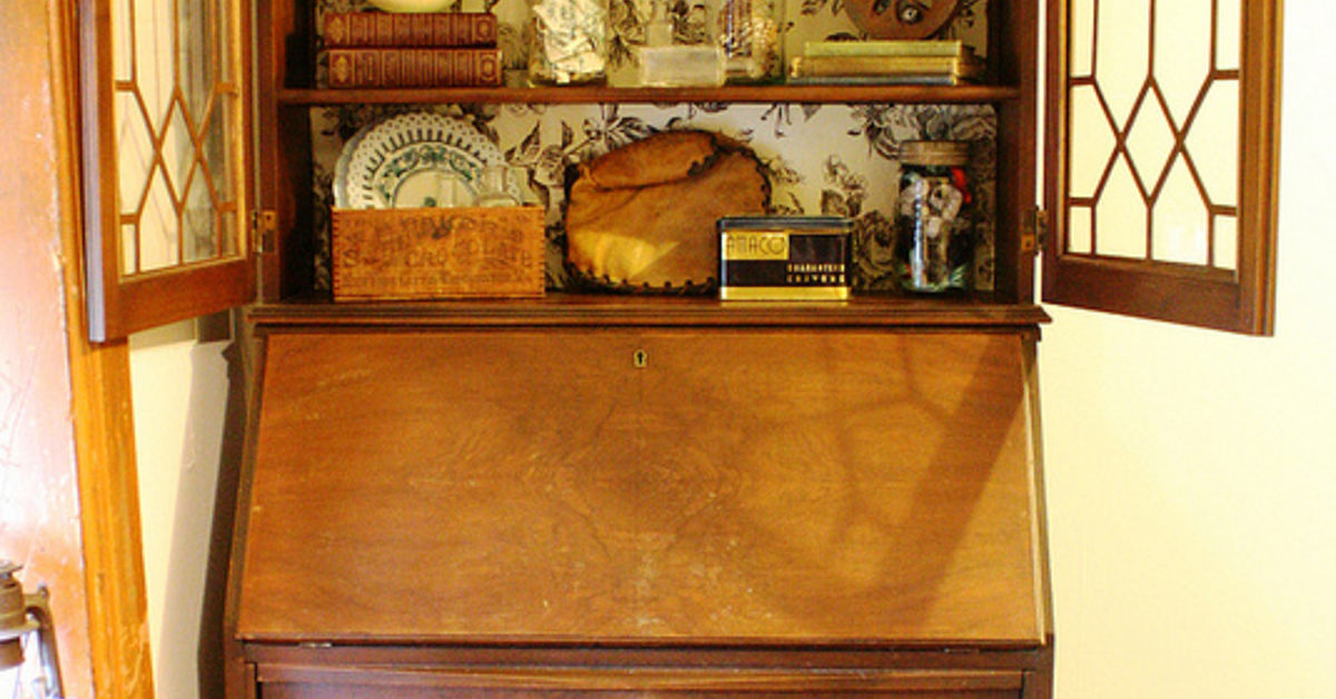 - Freebie Vintage Secretary Desk With Hutch. Hometalk
