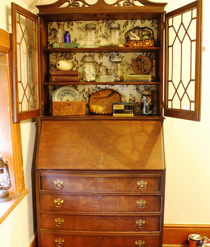 This walnut secretary desk with hutch was built by The National Table Company, which existed in Owen Sound, Ontario until the mid 20s.
