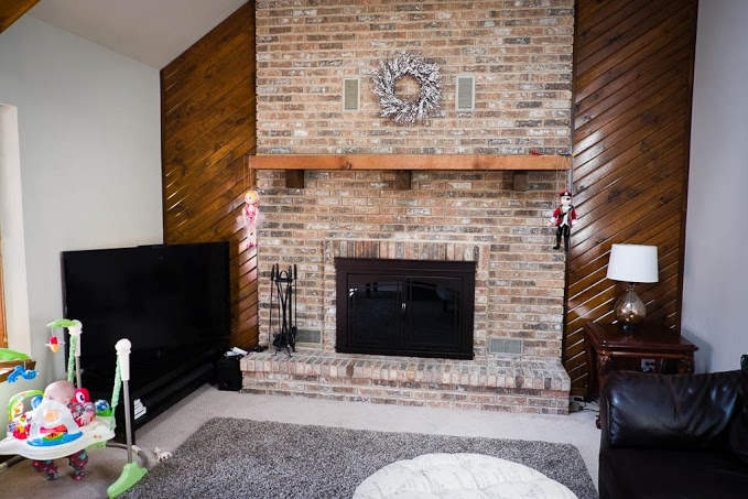 q living room decor ideas fireplace wetbar udate suggestions, fireplaces mantels, home decor, living room ideas