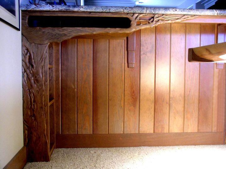 Carved Peninsula Shelf Facade