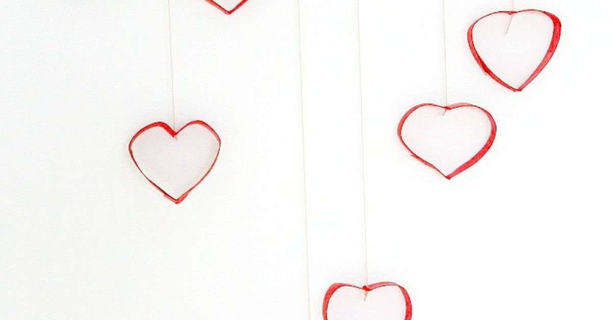 Diy Valentines Day Heart Wall Decorations Hometalk