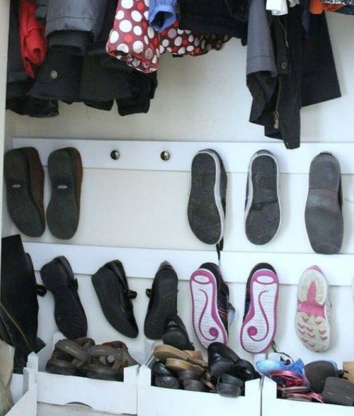 s 16 brilliant ways to squeeze much more into your closet, closet, organizing, storage ideas, Use cabinet knobs to store shoes on the wall