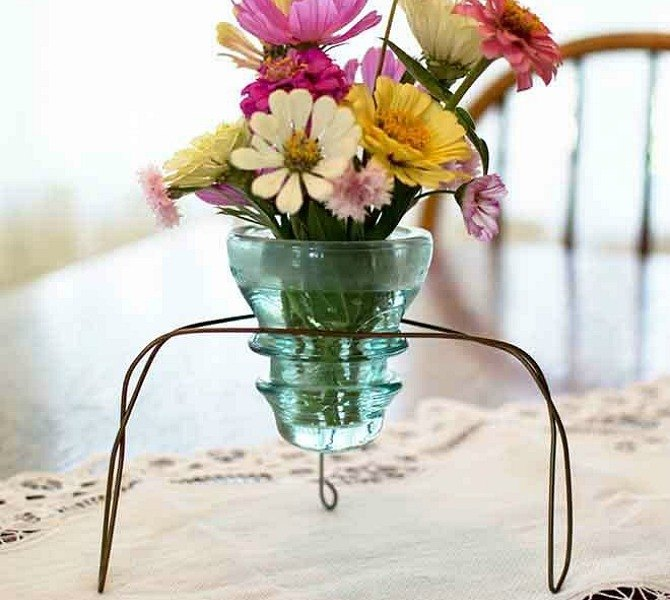 s 15 insanely smart hanger hacks you ll wish you d seen sooner, crafts, organizing, repurposing upcycling, Make an insulator vase