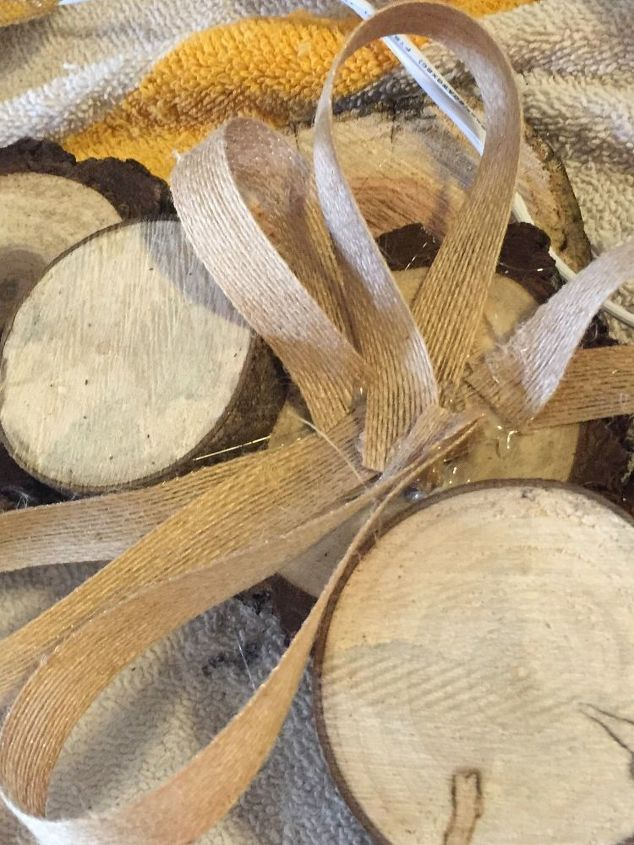 how to make a winter wreath from wood slices, crafts, seasonal holiday decor, wreaths