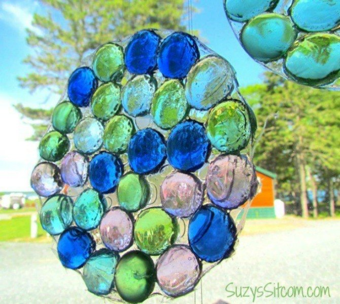 s 17 stunning ideas for your dollar store gems, crafts, gardening, Make a pebbled suncatcher