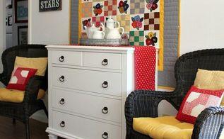 using quilts as wall art, repurposing upcycling, wall decor
